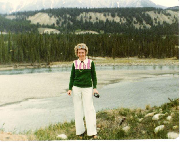 Mom May 75